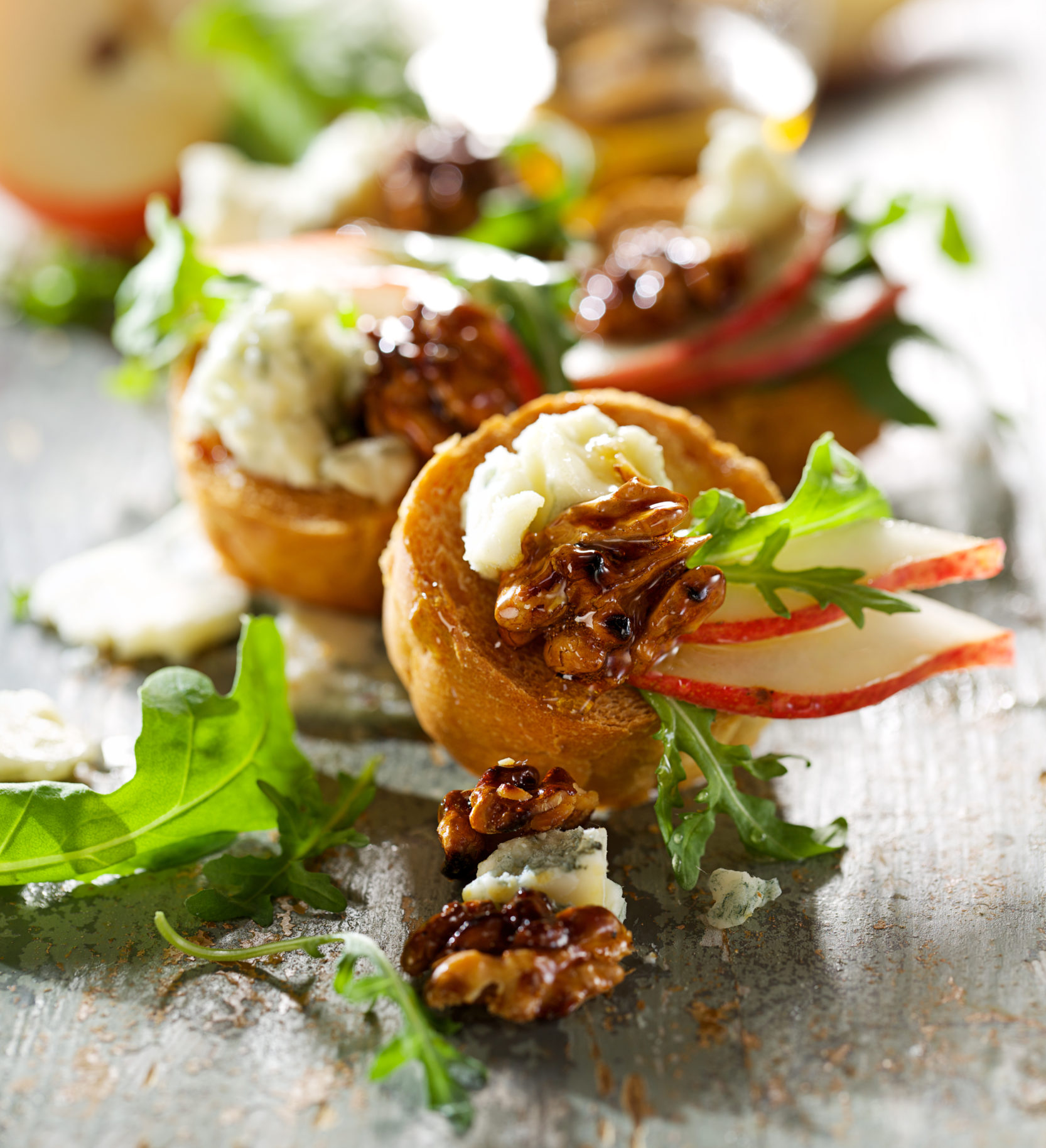 Blue cheese and caramel walnut salad chef tjaart for Blue cheese canape